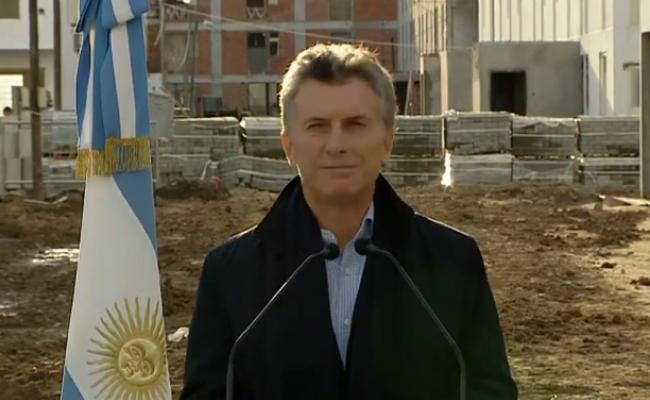 Macri lanz un plan de viviendas y critic ley for Plan de viviendas macri